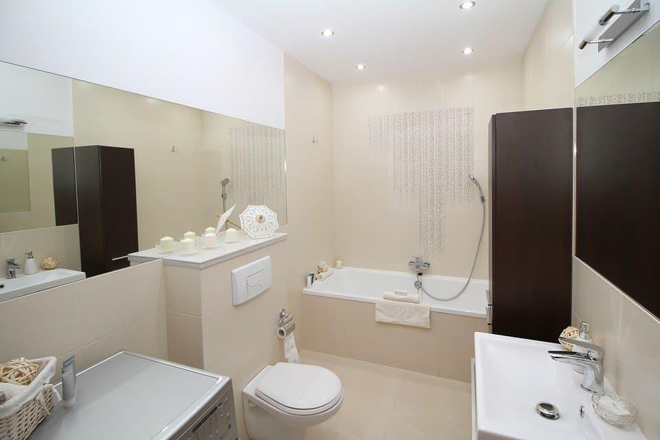 Bathroom Wall Decor Ideas for Small Bathrooms